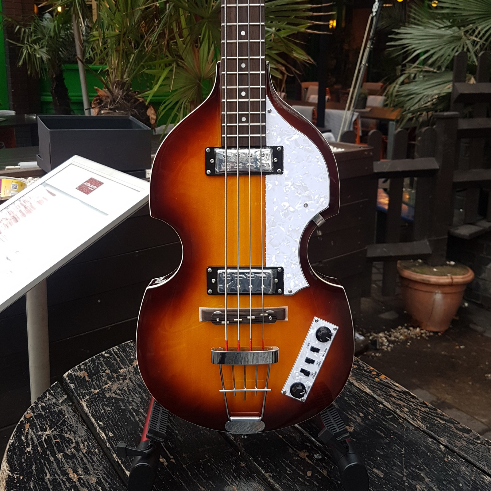 Icon Violin Bass