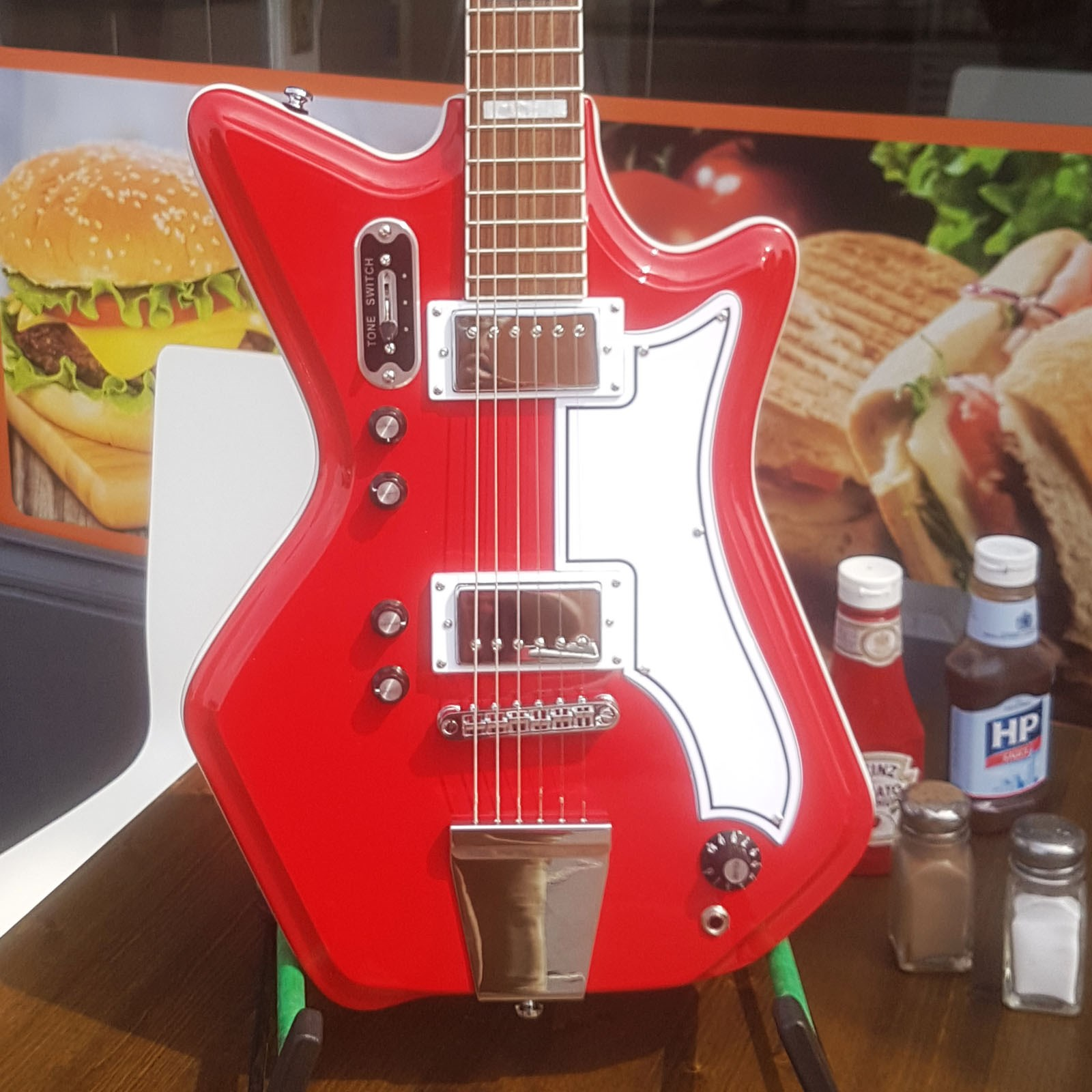 Airline 59 2P Red with dlx bag
