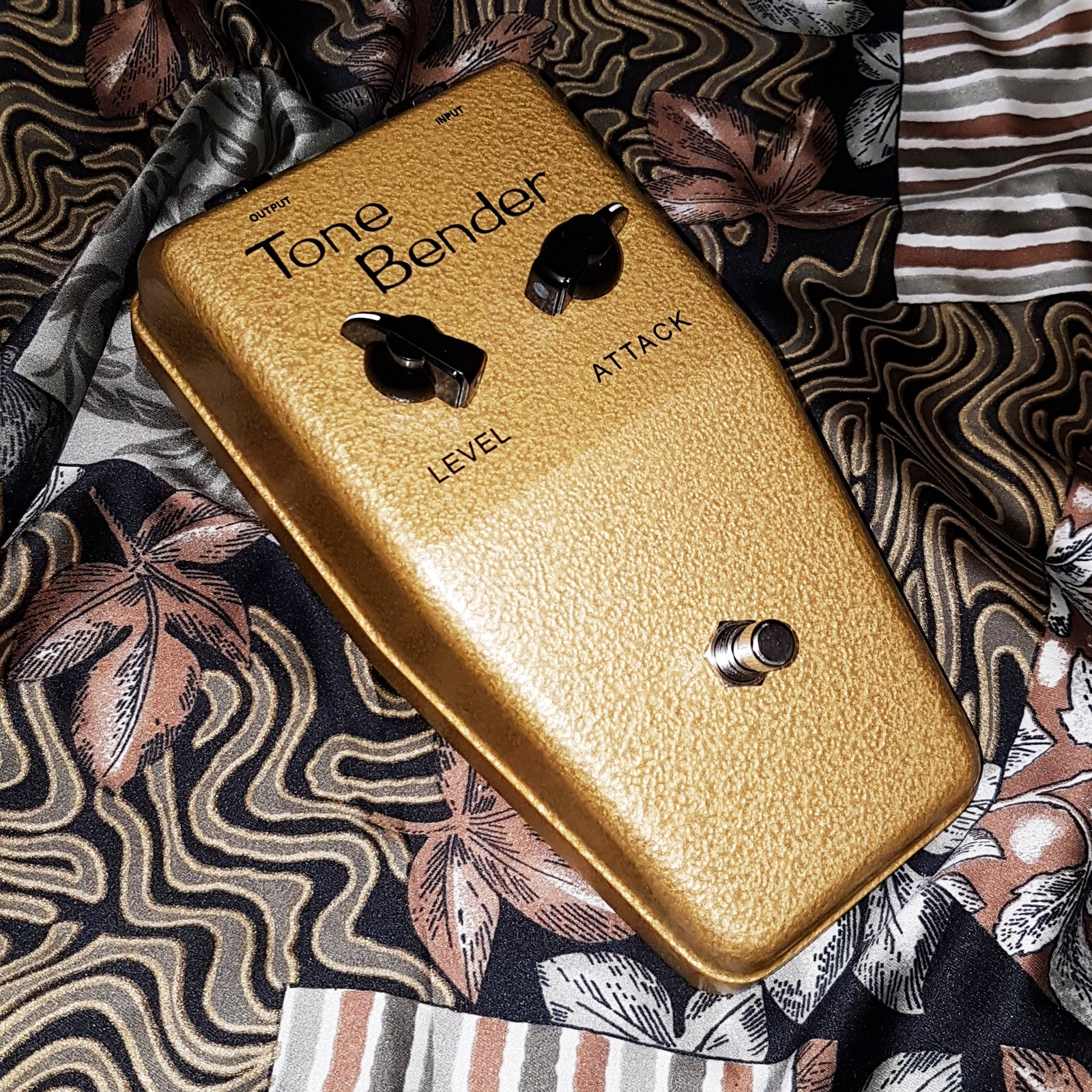 sola sound 'Goldie' Tone Bender by david main