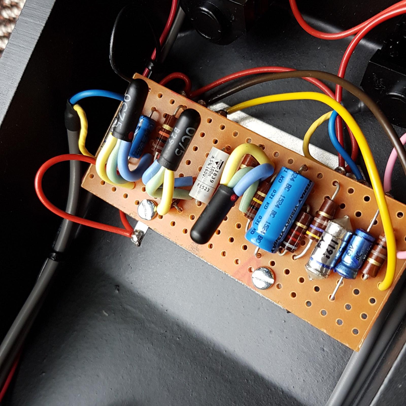 Sola Sound Pro Mkii Tone Bender Vox Pedal Mkiisquare01 Mkiisquare02 Mkiisquare03